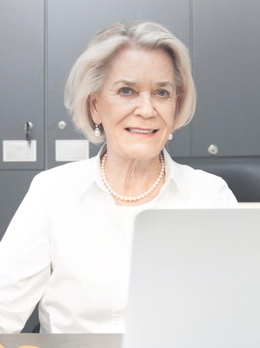 Portrait Dr. med. dent. Silke Arndts